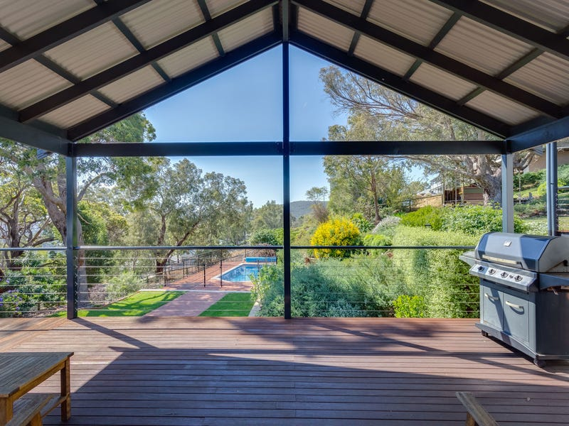 3 Labyrinth Close, Kelmscott, WA 6111