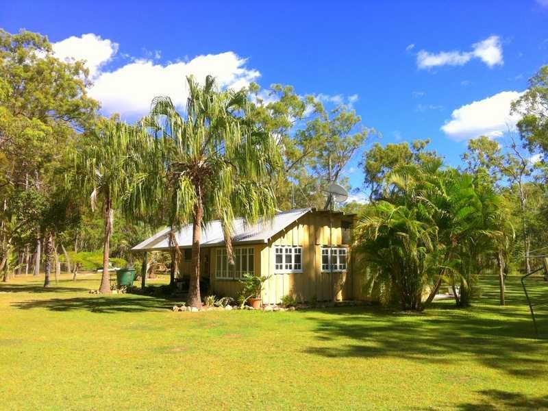 450 Davies Road, Captain Creek, Qld 4677