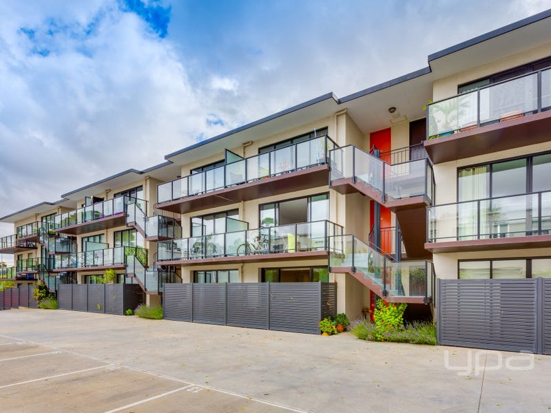 6/219 Watton Street, Werribee, Vic 3030