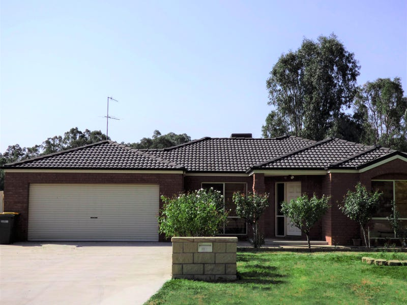 17 King Street, Darlington Point, NSW 2706