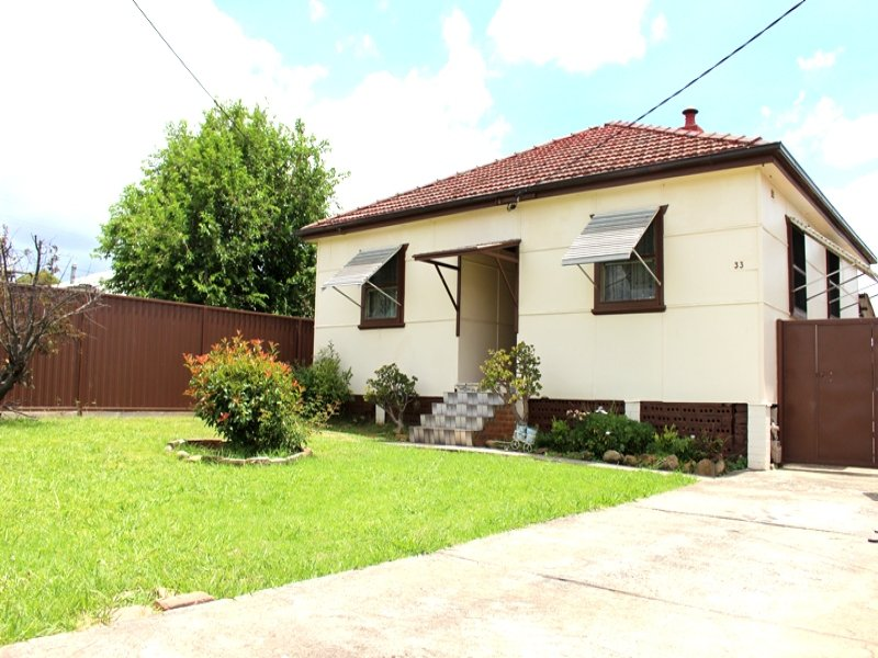 33 Banksia Street, South Granville, NSW 2142