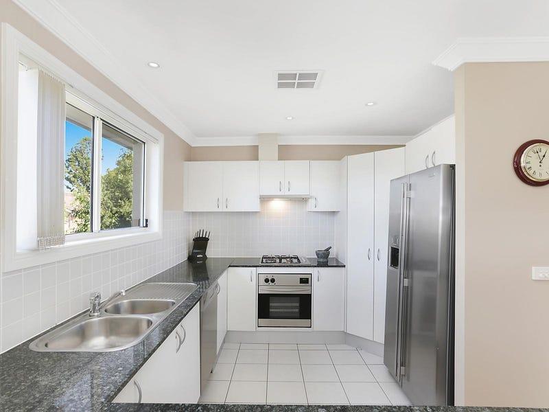 12 Hunterford Crescent, Oatlands, NSW 2117