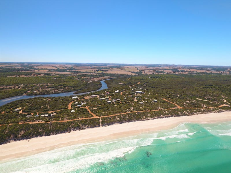 22 Dolphin Crescent, Vivonne Bay, SA 5223