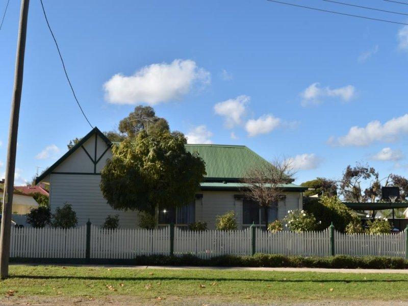 8 Norman Street, Corowa, NSW 2646