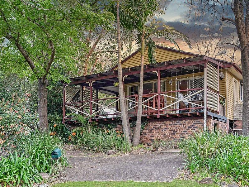 1 Avon Parade, Mount Kembla, NSW 2526