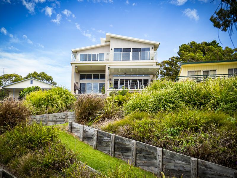 4 Bambury Avenue, Summerland Point, NSW 2259