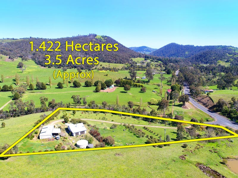 1370 Break O'Day Road, Flowerdale, Vic 3717