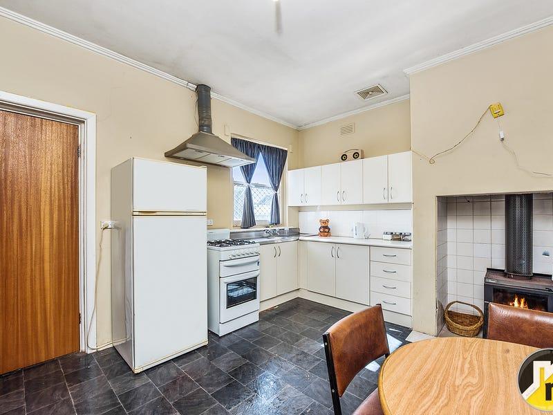18 Schinkel Street, Mount Gambier, SA 5290