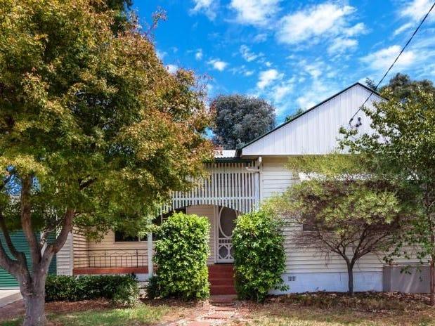 96 Grove Street, Kooringal, NSW 2650