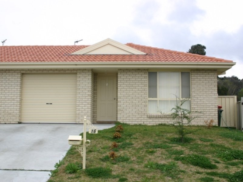 1/16 Conningdale Crescent, Armidale, NSW 2350