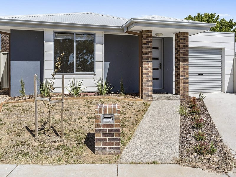 11B Ashley Street, Ironbark, Vic 3550