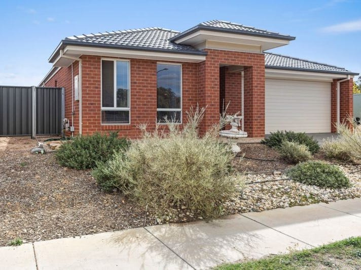 35 Pamela Avenue, Jackass Flat, Vic 3556