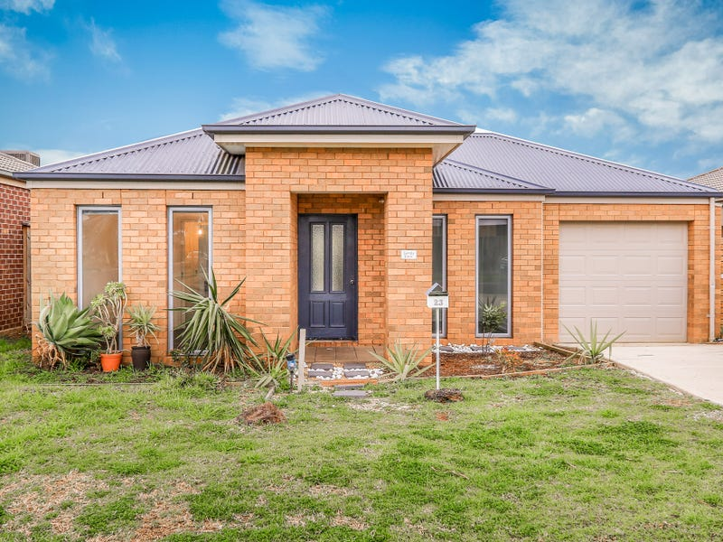 23 Laurence Way, Tarneit
