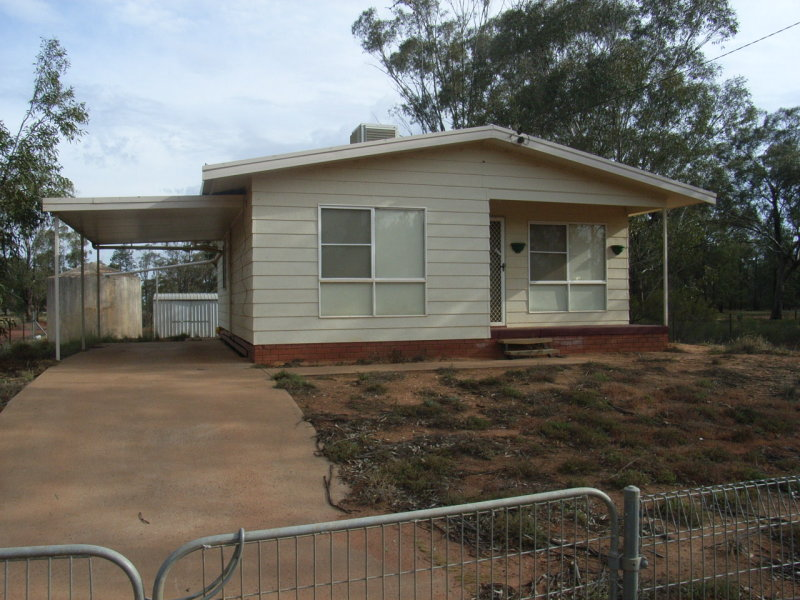 10 Bena, Burcher, NSW 2671