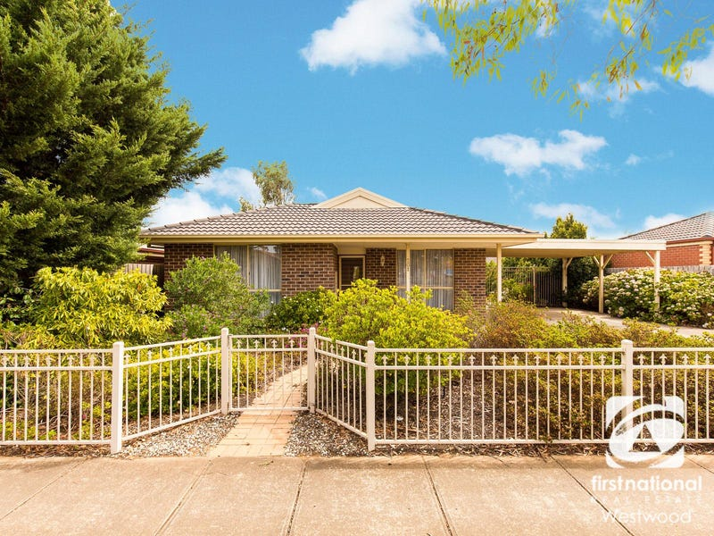 201 Greaves Street North, Werribee, Vic 3030