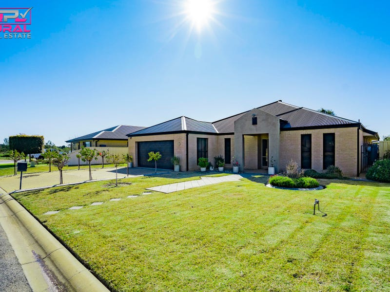 14 Anzac Crescent, Narrandera, NSW 2700