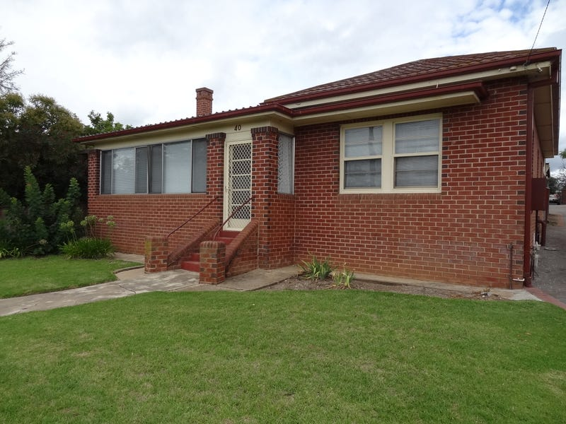 40 VITTORIA STREET, Bathurst, NSW 2795