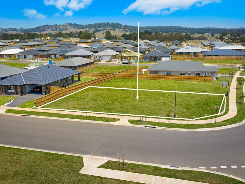 40  George Cutter Avenue, Renwick, NSW 2575