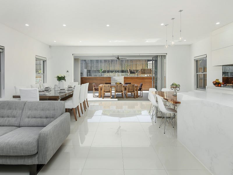 28 Jones Avenue, Potts Hill, NSW 2143