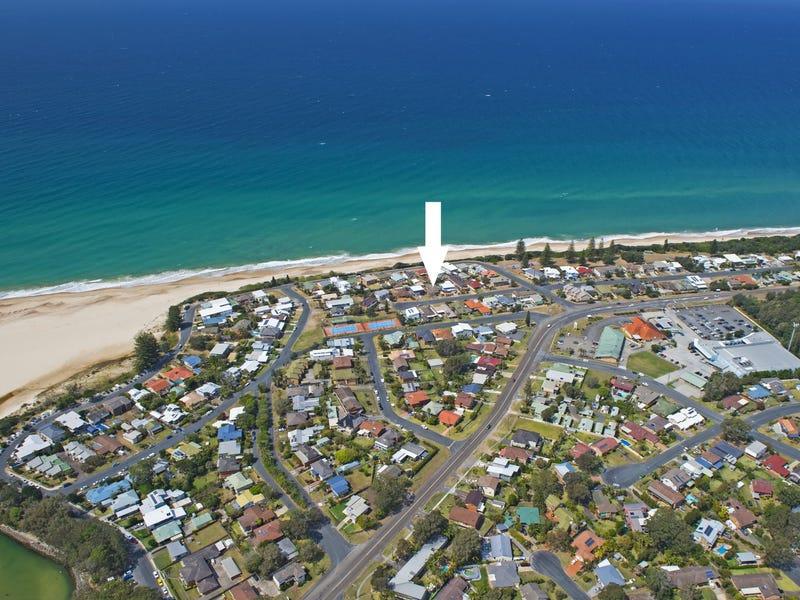 10 Chepana Street, Lake Cathie, NSW 2445