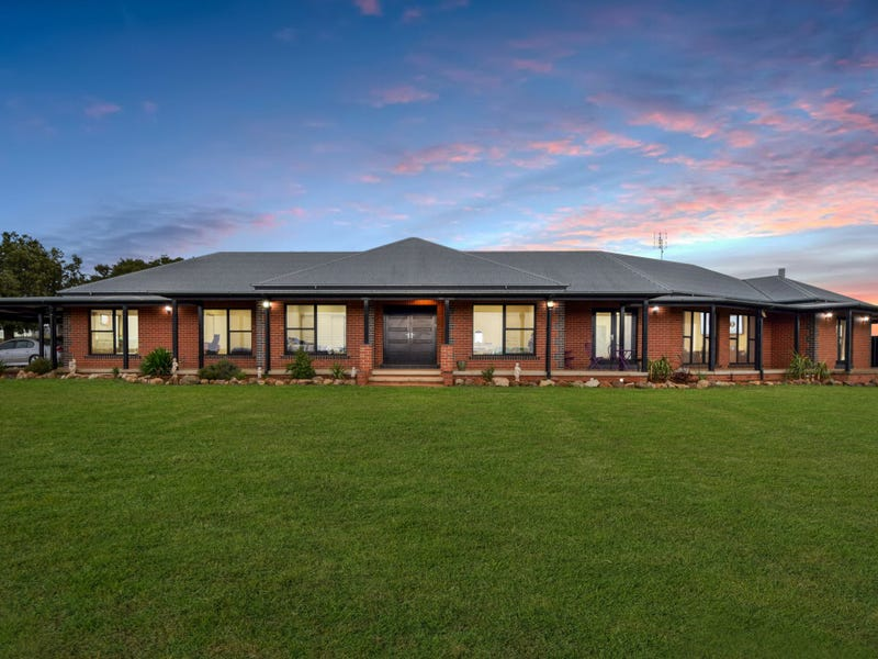 1249 Scenic Road, Young, NSW 2594