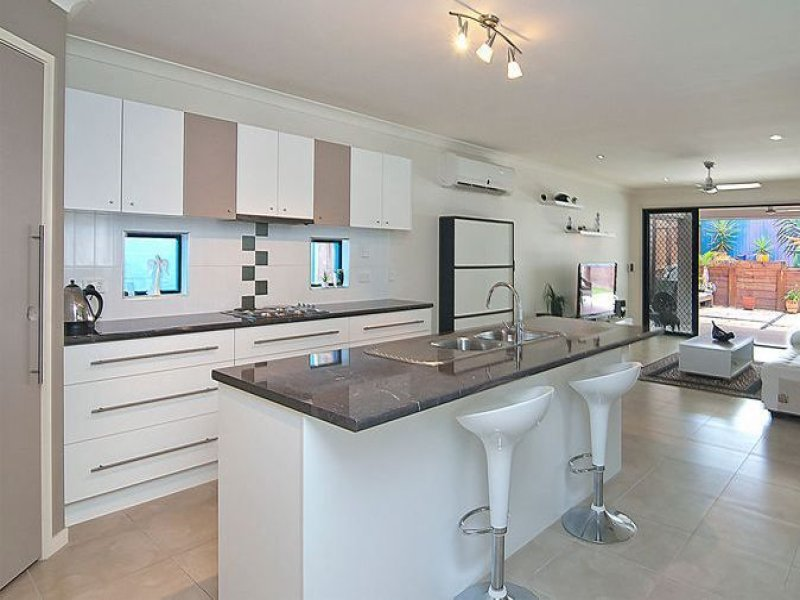 74 Mossman Pde, Waterford, Qld 4133