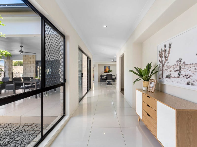 14 Eustace Circuit, Augustine Heights, Qld 4300