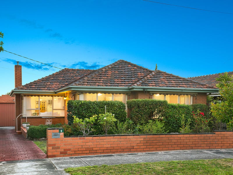 8 Kalista Court, Burwood East, Vic 3151