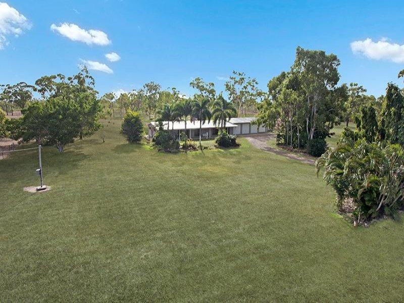 13 Arabian Place, Black River, Qld 4818