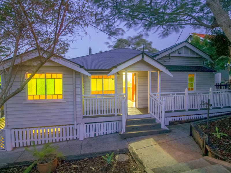 65 Chermside Road, Newtown, Qld 4305