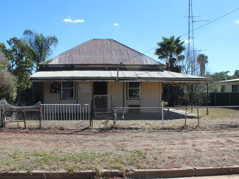 21 Weemabah St, Trangie, NSW 2823