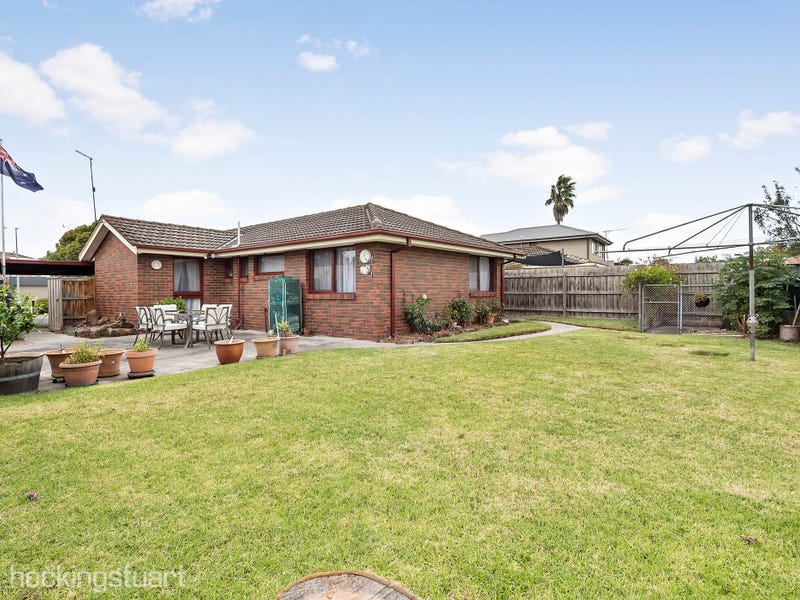 27 Peterson Street, Seaford, Vic 3198