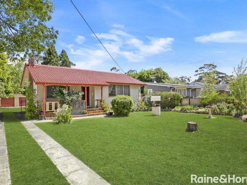 71 Sunset Point Drive, Mittagong, NSW 2575
