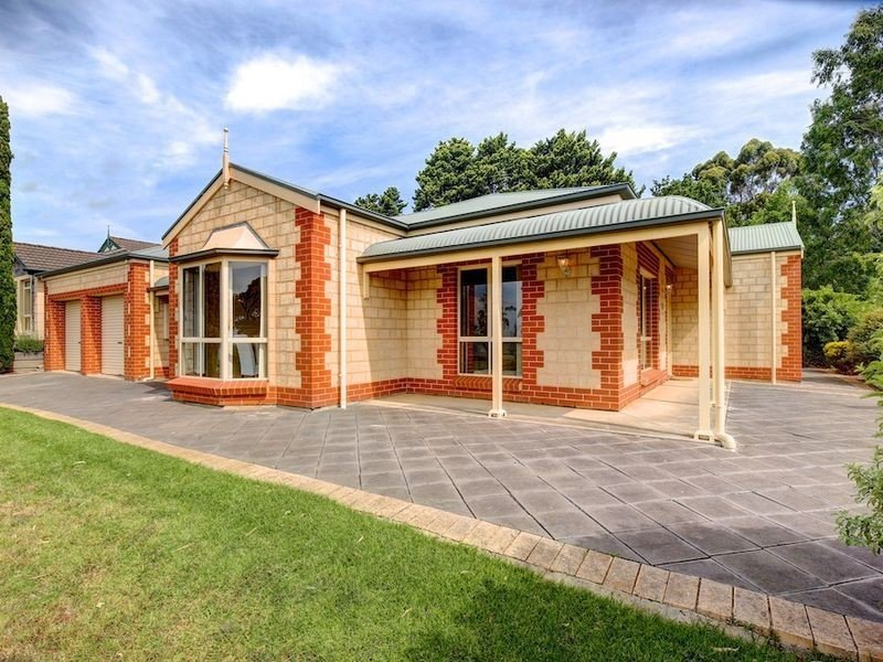 11 Corella Avenue, Chandlers Hill, SA 5159