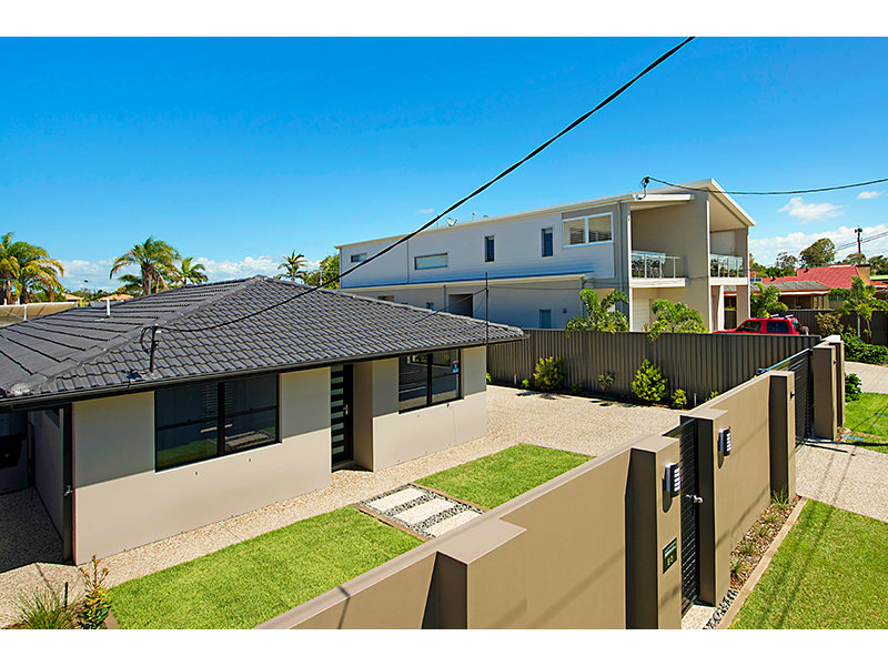 50 Milton Avenue, Paradise Point, Qld 4216