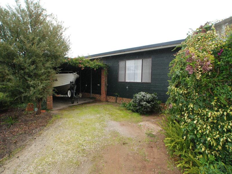 71 Wattle Grove, Loch Sport, Vic 3851