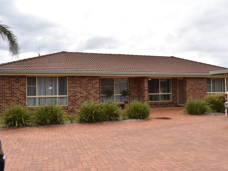 1-2/7 George Field Drive, Parkes, NSW 2870