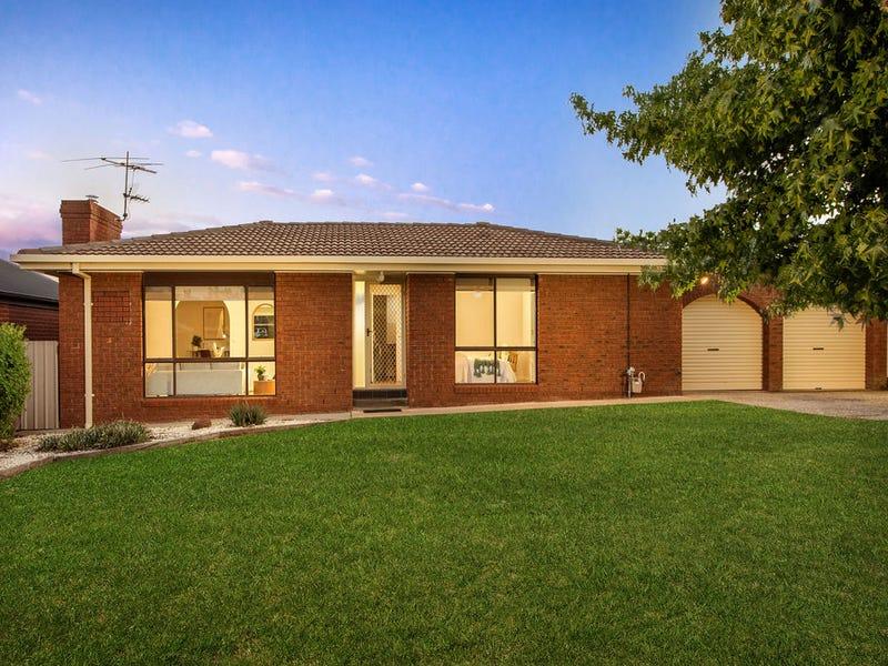 10 Lindisfarne Court, Thurgoona, NSW 2640