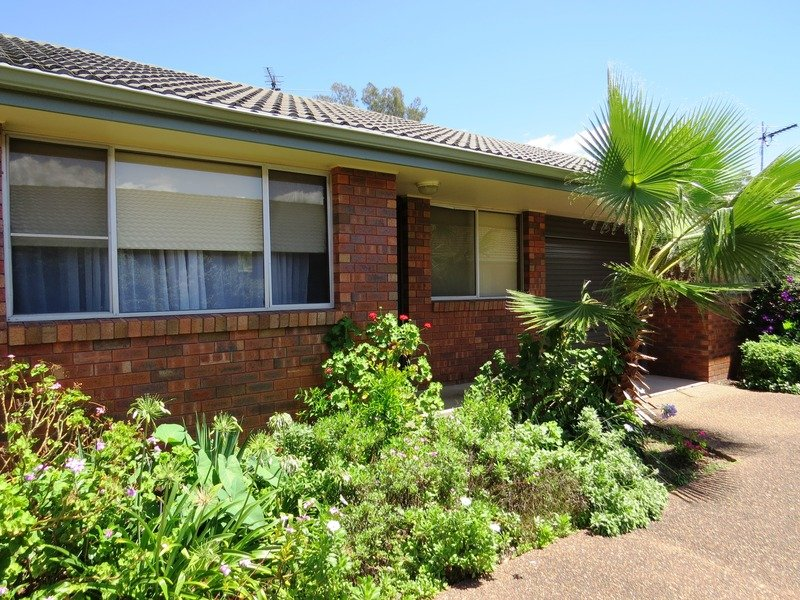 2/83 Tamworth Street, Abermain, NSW 2326