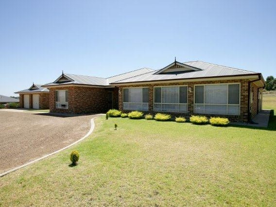 7 Loughan Road, Junee, NSW 2663