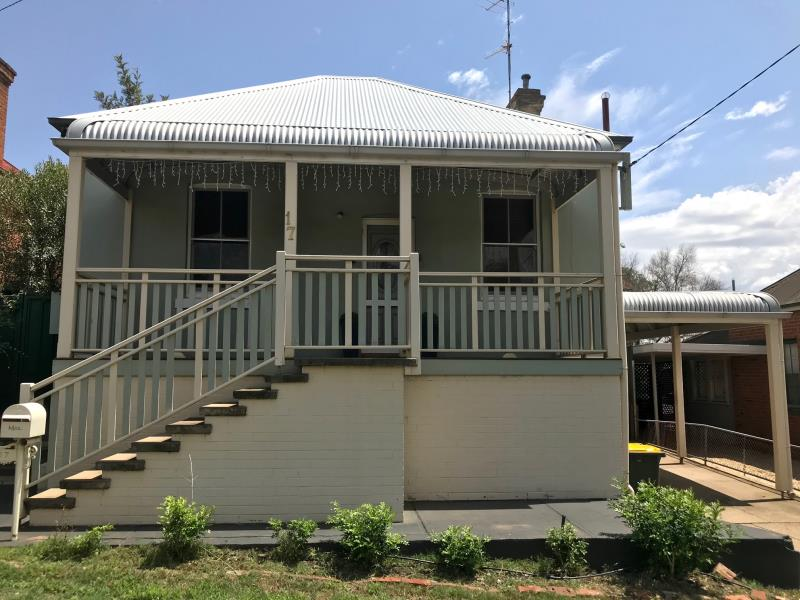 17 Gipps Street, Tamworth, NSW 2340