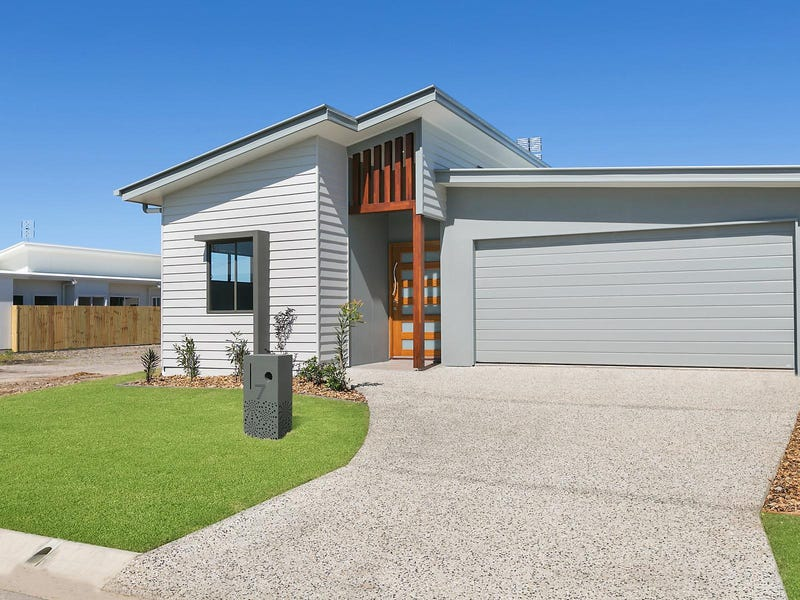 17 Turquoise Place, Caloundra West, Qld 4551