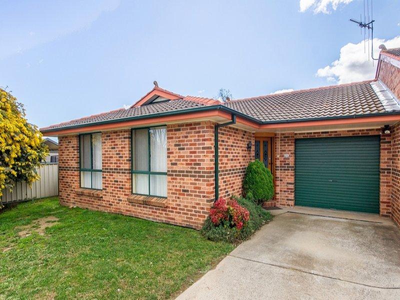 2/19 Turner Crescent, Orange, NSW 2800