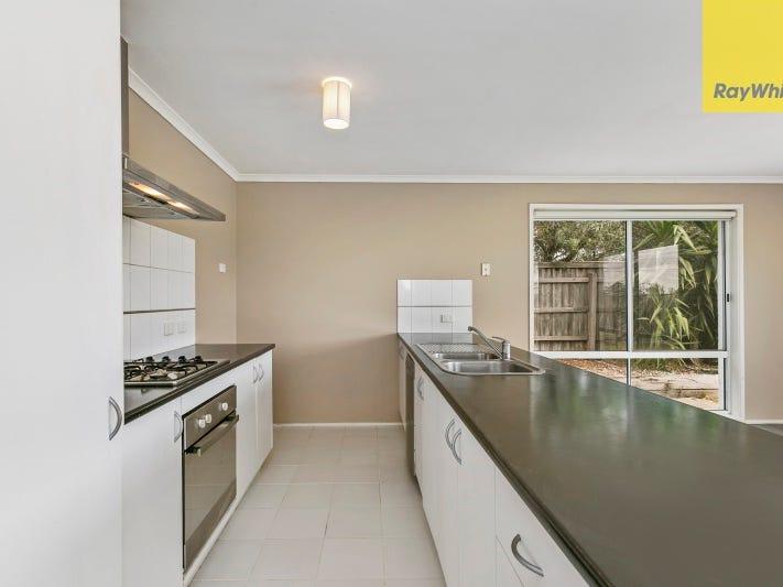 156 Harold Keys Drive, Narre Warren South, Vic 3805