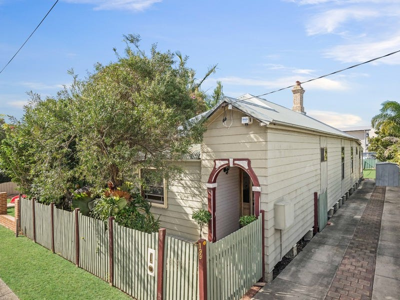 199 Beaumont Street, Hamilton South, NSW 2303