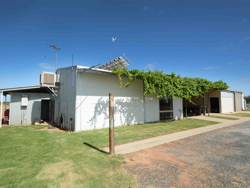 35 Peppertree Lane, Coomealla, NSW 2717