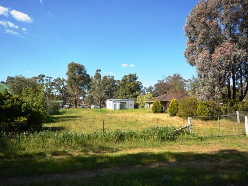 61 Main St, Great Western, Vic 3374
