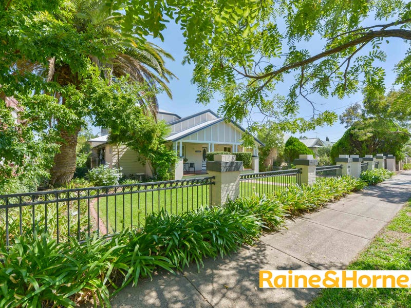 77 Upper street, Tamworth, NSW 2340