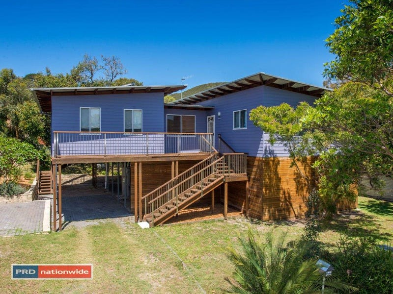 10 Leonard Avenue, Shoal Bay, NSW 2315