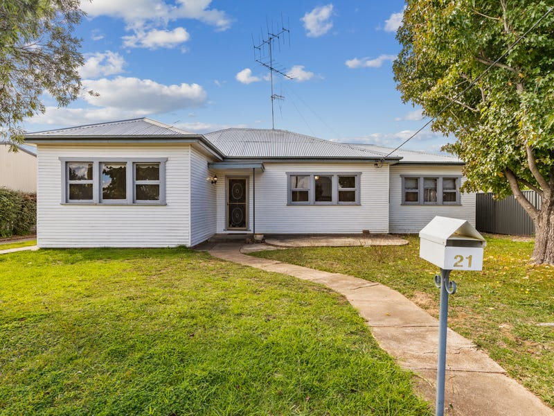 21 Princes Avenue, Goulburn, NSW 2580